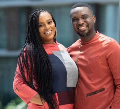 Photos And Videos Drop As Joe Mettle Engages Selassie Dzisa In A Traditional Wedding